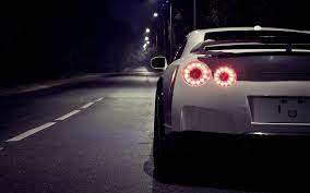 nissan gtr skyline wallpaper photo collection front nissan gt r 35 skyline wallpaper 1366x768