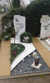 Funeral Home Decor by Best 10 Grave Decorations Ideas On Pinterest Cemetery