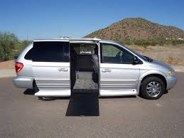 2004 chrysler town u0026 country limited wheelchair handicap mobility