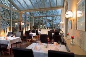 tryp by wyndham munich north restaurant u0026 bavarian wintergarden