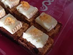 petits canapes petits canapés de d épices roucoulons et gelée au piment d
