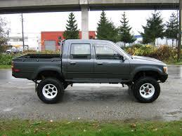 toyota truck sale toyota hilux 4x4 crewcab diesel truck baños diesel