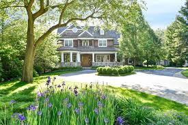 wilmette luxury homes and wilmette luxury real estate property