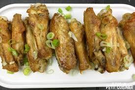 comment cuisiner des ailes de poulet recette d ailes de poulet frites à l ail