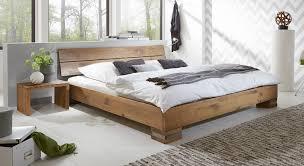 Schlafzimmer Bett Selber Machen Massivholzbett Und Kopfteil In Rustikaler Eiche Curada
