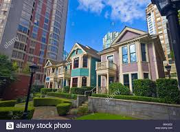 victorian houses in the queen anne style of architecture built