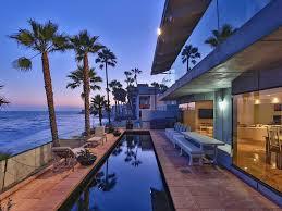 Modern Beach House by Malibu Modern Beach House Malibu Los Angeles County California