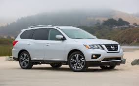 black nissan pathfinder 2017 nissan pathfinder discretely capable the car guide