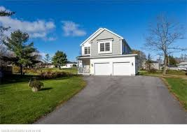 3 Bedrooms For Rent In Scarborough Scarborough Me 3 Bedroom Homes For Sale Realtor Com