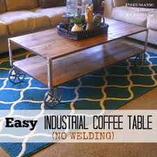Diy Reclaimed Wood Side Table by Best 25 Industrial Coffee Tables Ideas On Pinterest Coffee