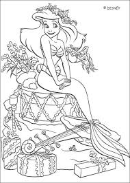 Coloriage Disney Ariel La Princesse de Mer dessin gratuit à imprimer
