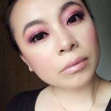 makeup classes mn let lizbeth tirado help in you more beautiful and