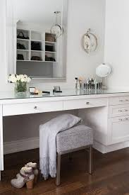 Glass Makeup Vanity Table Best 25 Modern Makeup Vanity Ideas On Pinterest Modern Makeup