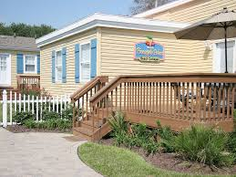 pineapple palms beach cottages family owned vacation rentals at