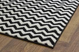 Chevron Print Area Rugs by Amazon Com Black Chevron Striped Rug 2 Foot 7 Inch X 7 Foot 10