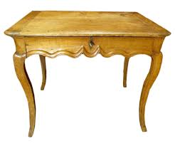 bureau en merisier table bureau en merisier d époque louis xv xviiie siècle n 60798