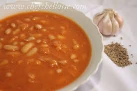 cuisiner les haricots blancs secs chorba loubia soupe d haricot blanc ail et cumin le mag