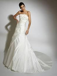 chapel wedding dresses 1412 best wedding dresses images on wedding frocks
