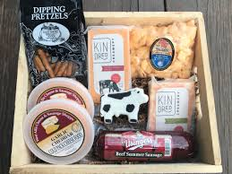summer sausage gift basket farmers delight gift box cheese and sausage gift baskets