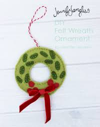 jangles felt wreath ornament