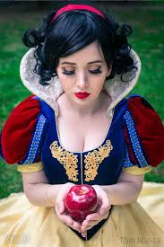 25 snow white cosplay ideas snow white