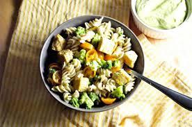 creamy avocado pasta salad vegan one green planet