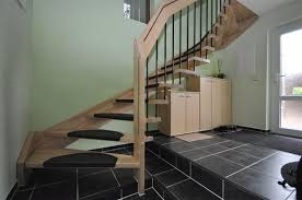treppen glasgelã nder wohnzimmerz freistehende treppe with exklusive steintreppen bei