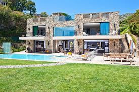 multi million dolar italian style house on malibu beach with dream
