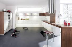 cuisine design blanche cuisine design blanche et bois en u