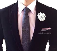 lapel flower polka dots white black suitedman