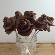 Where To Buy Chocolate Covered Strawberries Locally How To Make A Tootsie Roll Bouquet Tootsie Rolls Chocolate