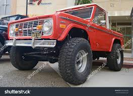 ford bronco 2017 4 door glendalecalifornia july 15 2017 classic ford stock photo 686406358