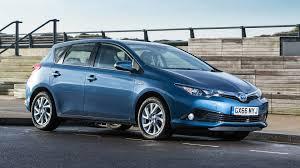 toyota family car 2017 toyota auris review