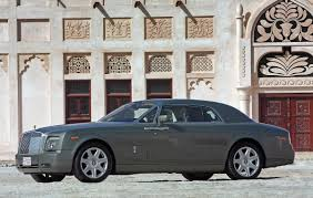 roll royce coupe new rolls royce coupe debuts in the middle east