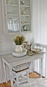 Shabby Chic Farmhouse Decor by Best 25 Shabby Chic Cabinet Ideas On Pinterest Shabby Chic