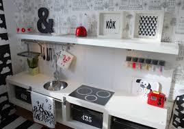 jeux enfants cuisine une cuisine déco pour salle de jeux enfants salle de jeux