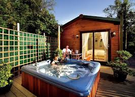 the home of tub holidays in the uk hottubhideaways