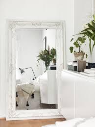 grand miroir chambre les grands miroirs anciens font la déco déco idées