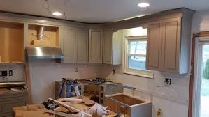 Kitchen Cabinet Crown Molding by Crown Molding On Kitchen Cabinets