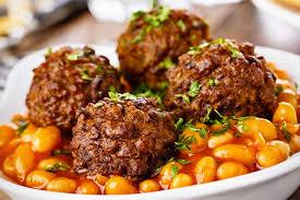 cuisiner viande recette de haricots aux boulettes de viande hachée à la cocotte