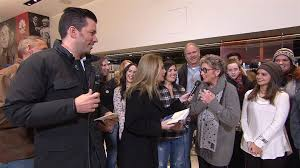 jonathan and drew scott jonathan and drew scott quiz fans about their house smarts today com