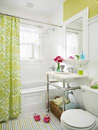 Beadboard In Small Bathroom - 22 changes to make small bathrooms look bigger amazing diy