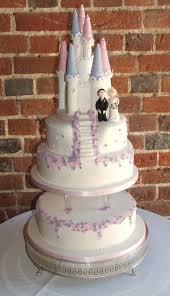 14 Best Purple Wedding Cakes Images On Pinterest Wedding Cakes