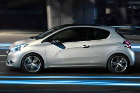 auto 3 porte new peugeot 208 officially unveiled autoevolution