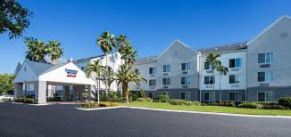 Comfort Inn Ft Myers Book Fairfield Inn U0026 Suites By Marriott Ft Myers Cape Coral In
