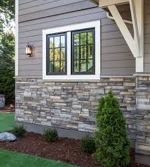 Ranch Style House Exterior Ranch Style House With Siding And Stacked Stone Google Search