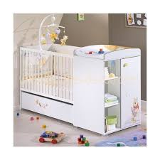 toys r us chambre bébé emejing decoration chambre bebe winnie l ourson pictures design