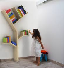 Kid Bookshelves by Looks Pretty But I Doubt I Can Replicate This With Real Books