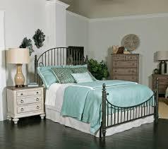 weatherford catlins metal bedroom set in cornsilk