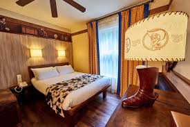 chambre hotel cheyenne disney s hotel cheyenne coupvray booking com